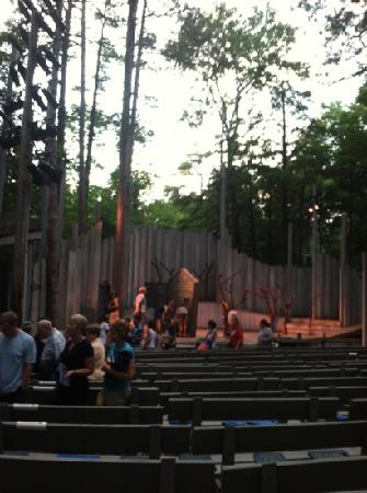 Northern Sky Theater: American Folklore Theatre at Peninsula State Park