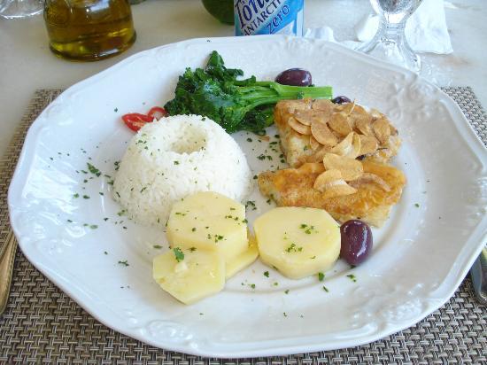 Gaiana: Bacalhau super salgado com batata pré-cozida