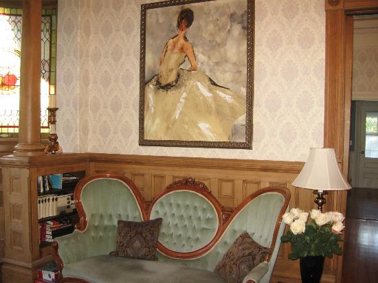 Haterleigh Heritage Inn: Gorgeous artwork throughout the house