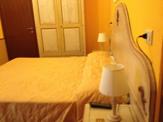 Florence Old Bridge B&B: not cost effective