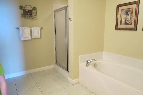 Splash Resort Condominiums Panama City Beach: Bathroom