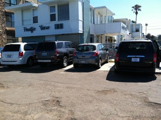 Pacific View Inn: reserved parking spaces. you will not regret the small fee. beach parking is a challenge
