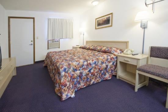 A Wyoming Inn: King Standard 2