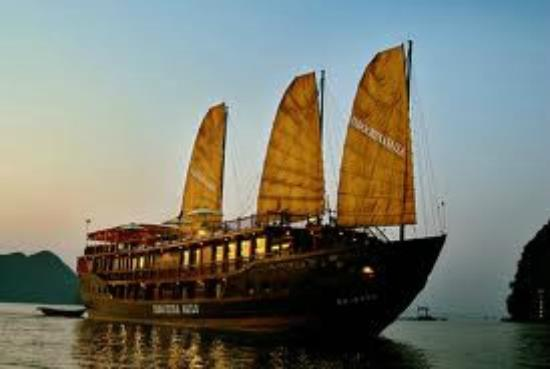 Halong Continental Sails Day Cruise: Ginger Cruise