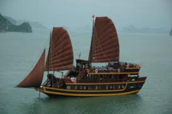 Halong Continental Sails Day Cruise: Dragon Pearl