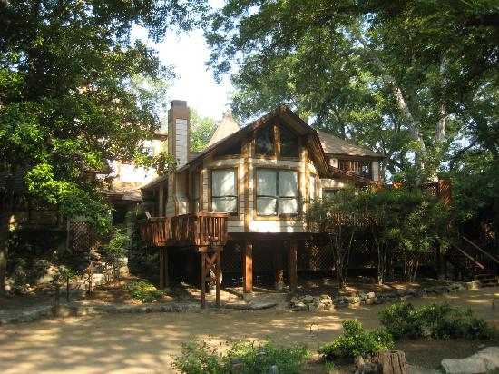 Creekhaven Inn: MAIN HOUSE