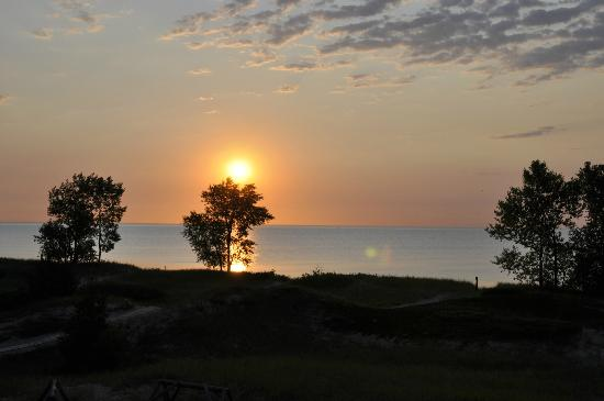 Point Beach State Forest: spectacular sunrise at Lake Michigan
