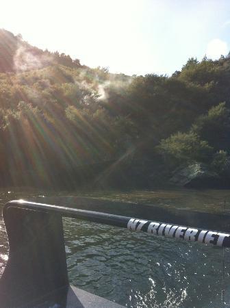New Zealand Riverjet: natural hot stream