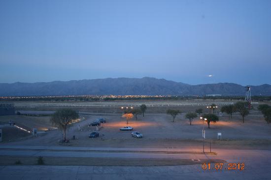Epic Hotel San Luis: hermosa vista a la nochecita