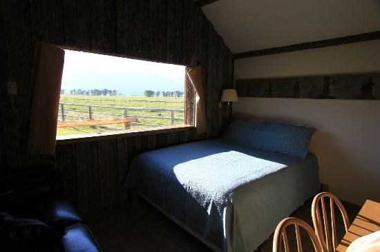Moulton Ranch Cabins: The Bunkhouse first floor