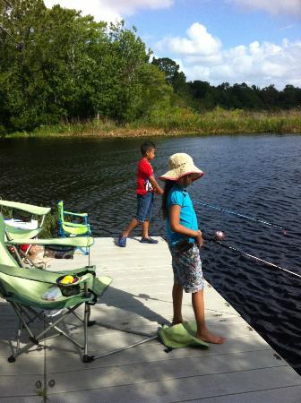 Fishing with Kids - Picture of Moss Park, Orlando - TripAdvisor