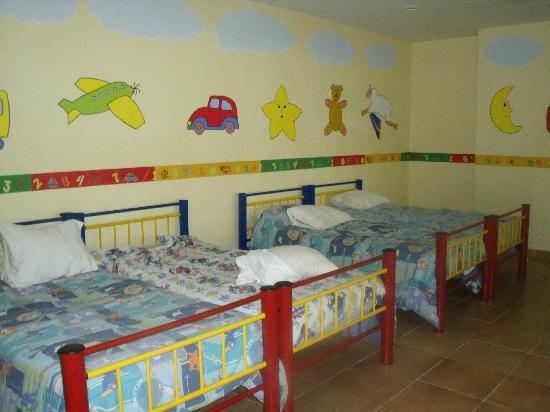 Grand Bahia Principe Coba : Beds in the kids club for kids to nap