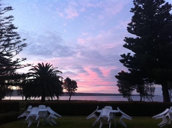 ซีฮอร์ส อินน์: sunset