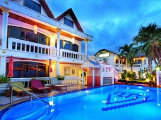 Villa Oranje: Zwembad
