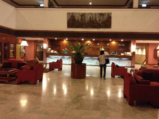 Centara Mae Sot Hill Resort: Centara Mae Sot  lobby