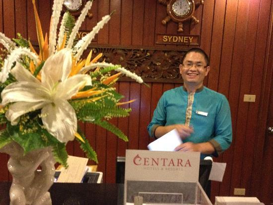 Centara Mae Sot Hill Resort: Reception - Friendly and helpful, also speaks good English