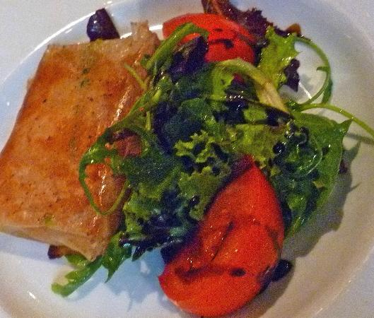 Le Bistro de la B: First course ravioli with vegies