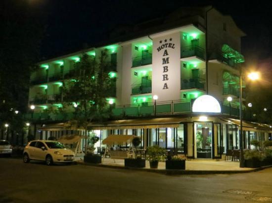 Hotel Ambra: Ambra di notte