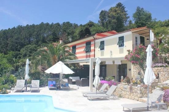 B&B Villa Amaranta - Cinque Terre: hotel view