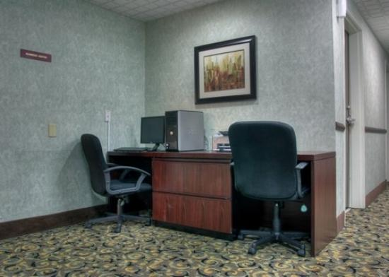 Comfort Suites: KYBusiness Center