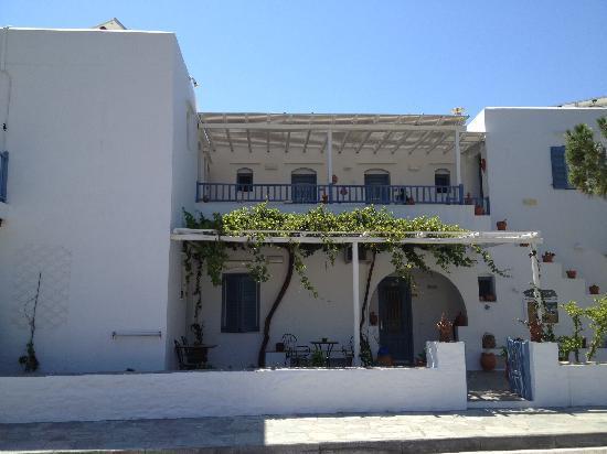 Pension Ageliki: Street view of Pansion Aggeliki