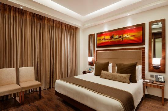 Ramada Gurgaon Central: Suite Bed Room