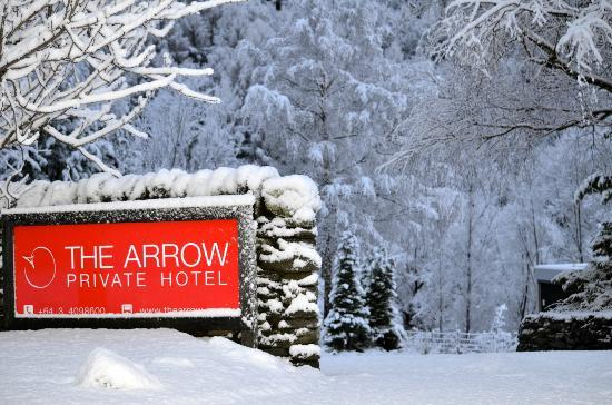 The Arrow Private Hotel: Main Entry