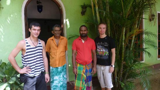 Saman's Guesthouse : The friendly staff