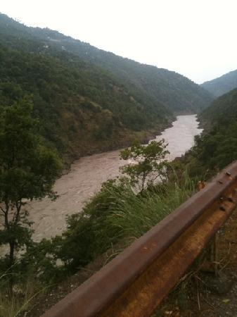 Neelum River: view from road