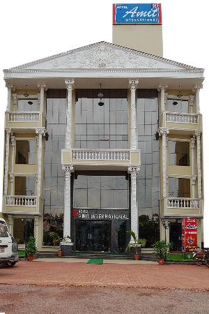 Hotel Amit International