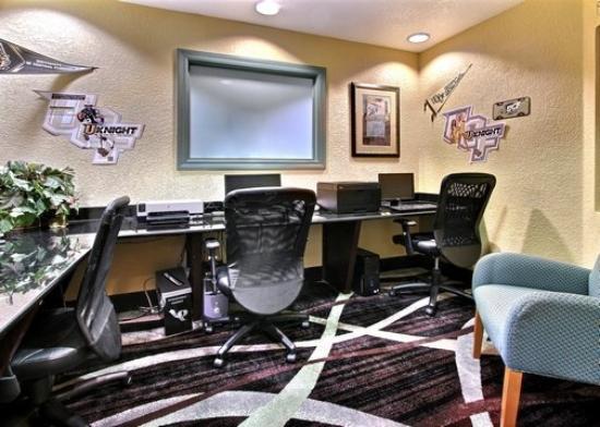 Comfort Suites UCF / Research Park: FLBusiness Center