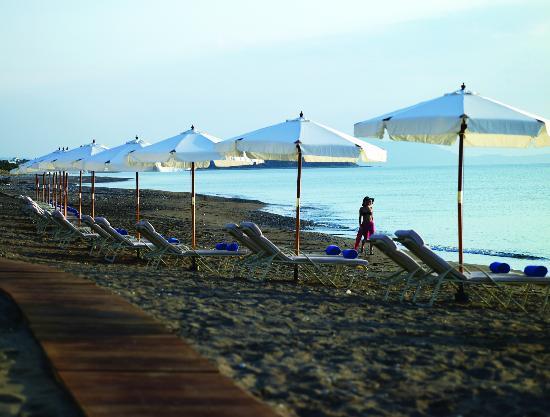 Atrium Prestige Thalasso Spa Resort and Villas: Beach area