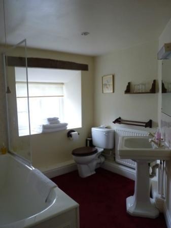 The West Arms Hotel: Howard room en suite