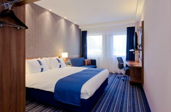 Holiday Inn Express Amsterdam - South: All our rooms offer free wifi and lcd tv