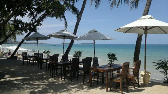 Samui Paradise Chaweng Beach Resort: A view to the sea