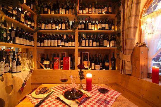 Cascade: Cantina vini