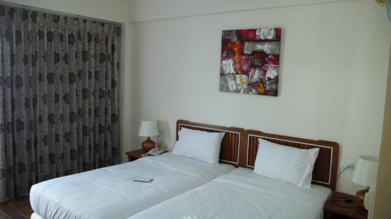 Paisiri Hotel: Кровать