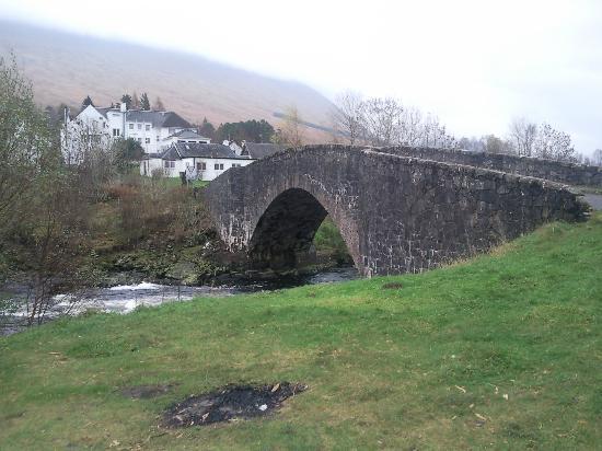 Bridge of Orchy Hotel: The Bridge of Orchy