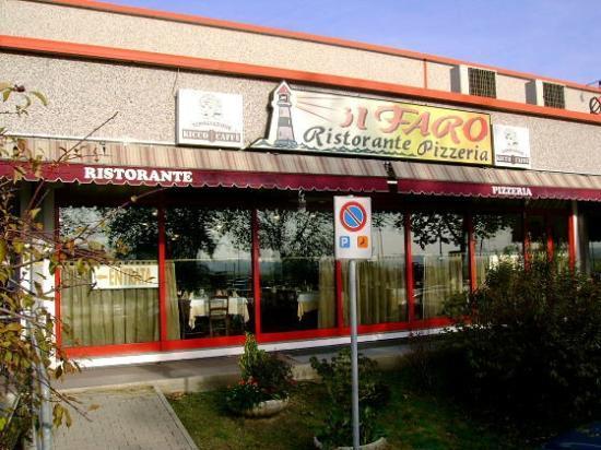 Ristorante pizzeria il faro reggio emilia restaurant for Restaurant reggio emilia