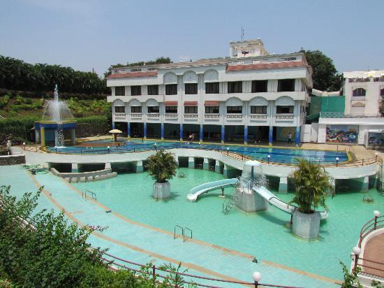 Pool picture of rivergate resort karjat tripadvisor for The rivergate