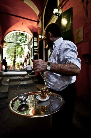 Istanbul Photo Tours - Day Tours: There is that bloody tea again