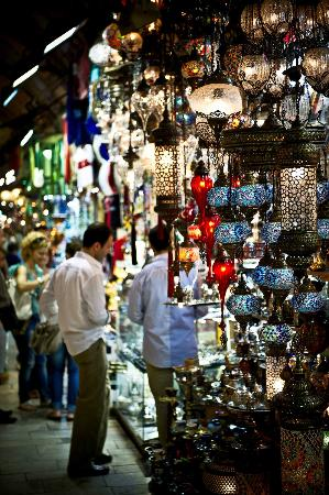 Istanbul Photo Tours - Day Tours: Lamp anyone?