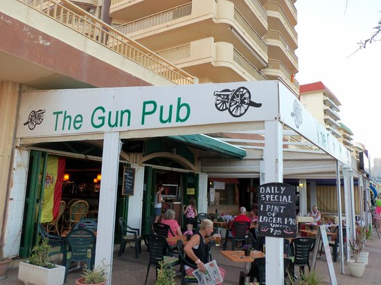 ‪The Gun Pub‬
