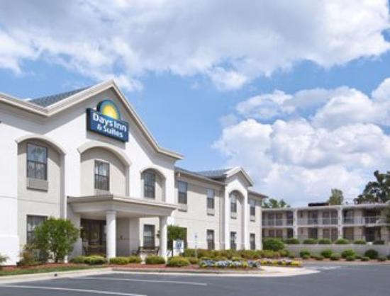 Motel 6 High Point: Welcome to the Days Inn High Point