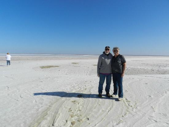 Arid Areas Day Tours: Standing on the salt, Lake Eyre
