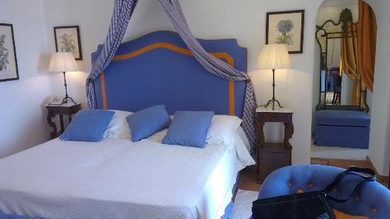 Hotel Buca di Bacco: nice, clean and very good sleep quality
