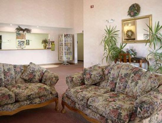 Americas Best Value Inn- Ozark/Springfield: Lobby