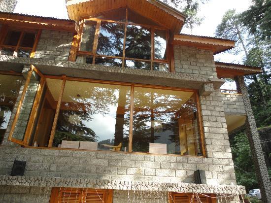 Casa Bella Vista: front facing view of the restaurent