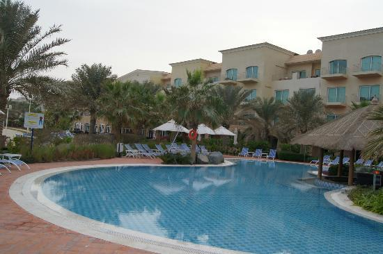 Moevenpick Hotel & Resort Al Bida'a Kuwait: View of the Hotel Main Block from the Beach