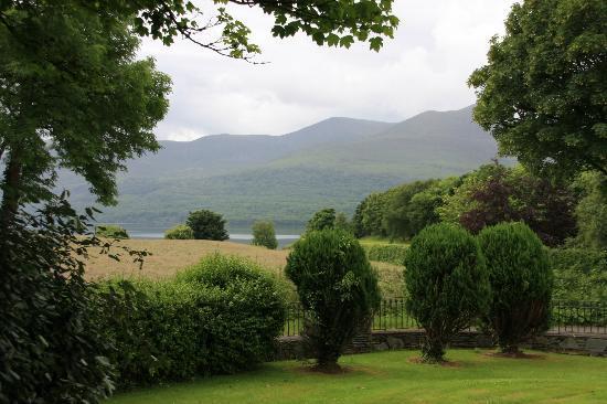 Loch Lein Country House: Blick aus der Lobby